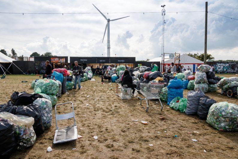 19375693926_bea195d3d2_b_Camping-på-Roskilde-Festival